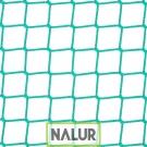 Siatka zabezpieczająca na piłkochwyty Skuteczne siatki do chwytania piłek na boiskach szkolnych czy ligowych – wykonane z polipropylenu PP najwyższej jakości o wymiarach oczek 4,5x4,5 cm i grubości 4 mm zapewniają bardzo dobrą ochronę w obiektach sportowych oraz na zewnętrz. Siatki są dodatkowo wzmacniane.